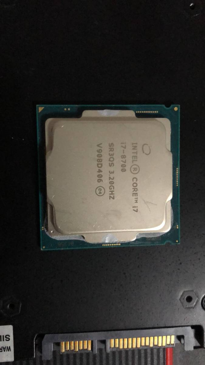 Intel Core I7 8700 LGA1151 中古分解品