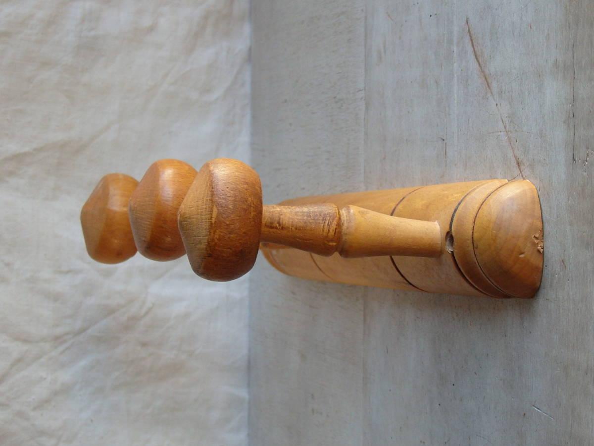 フランスアンティーク 壁掛け コートフック ハンガー 什器 ディスプレイ フレンチ 家具 雑貨 古木 蚤の市 ウォール 帽子 3連 仏_画像3