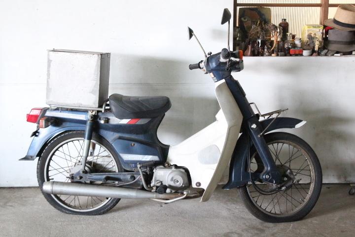 TB526ホンダ スーパーカブ C70-8659914◇2-1237/ 走行31236km◇ジャンク/HONDA/第二種原動機付自転車/バイク/現状で/古道具タグボート_画像5