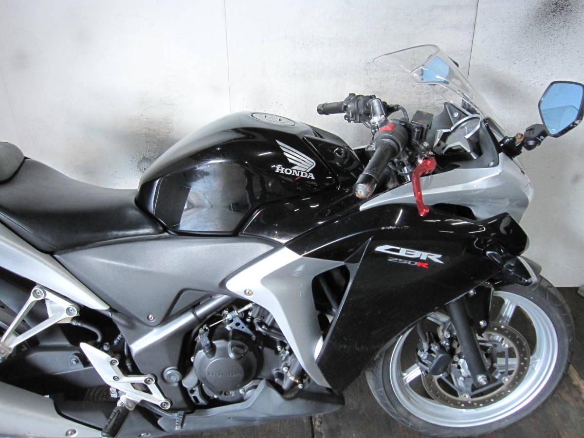 「HONDA CBR250R 黒銀 MC41 前後新品タイヤ 12453km」の画像3