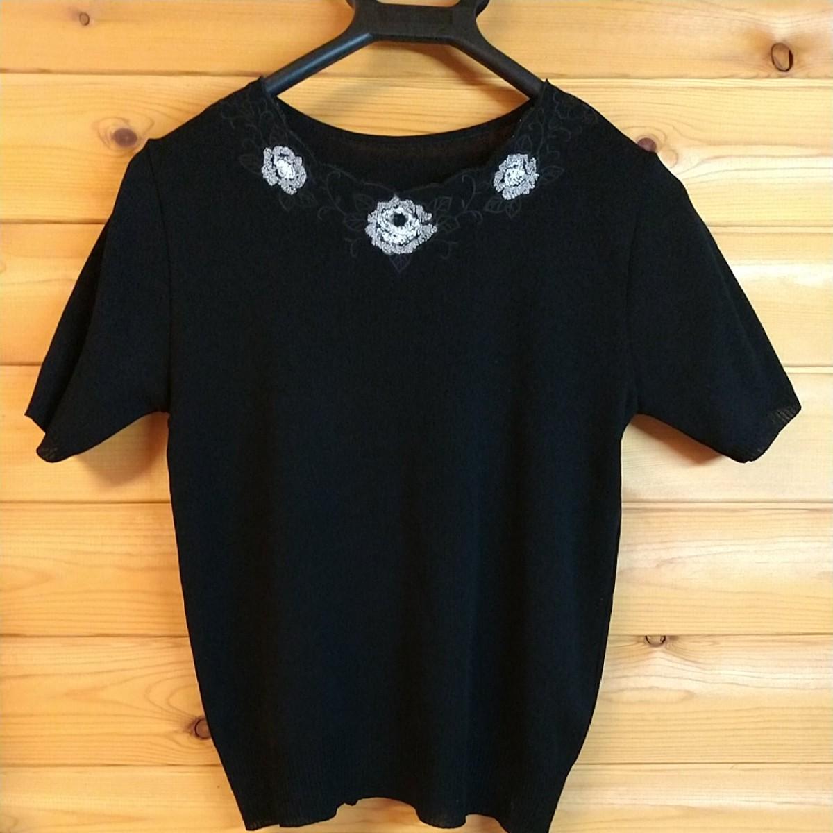 サマーニット トップス 半袖 ブラック花刺繍 昭和レトロ   レディース
