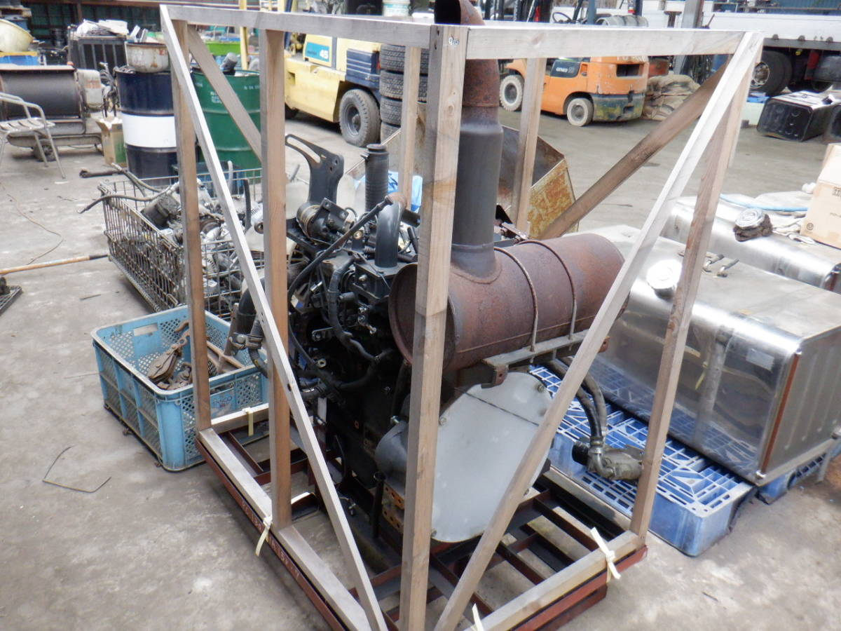 エンジン 4D95LE コマツ KOMATSU 油圧ショベル タイヤショベル ホイールローダー ブルドーザ 建設機械 重機 建機 札幌 北海道_画像3