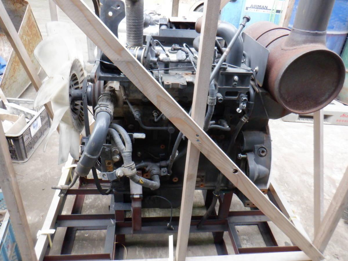 エンジン 4D95LE コマツ KOMATSU 油圧ショベル タイヤショベル ホイールローダー ブルドーザ 建設機械 重機 建機 札幌 北海道_画像4