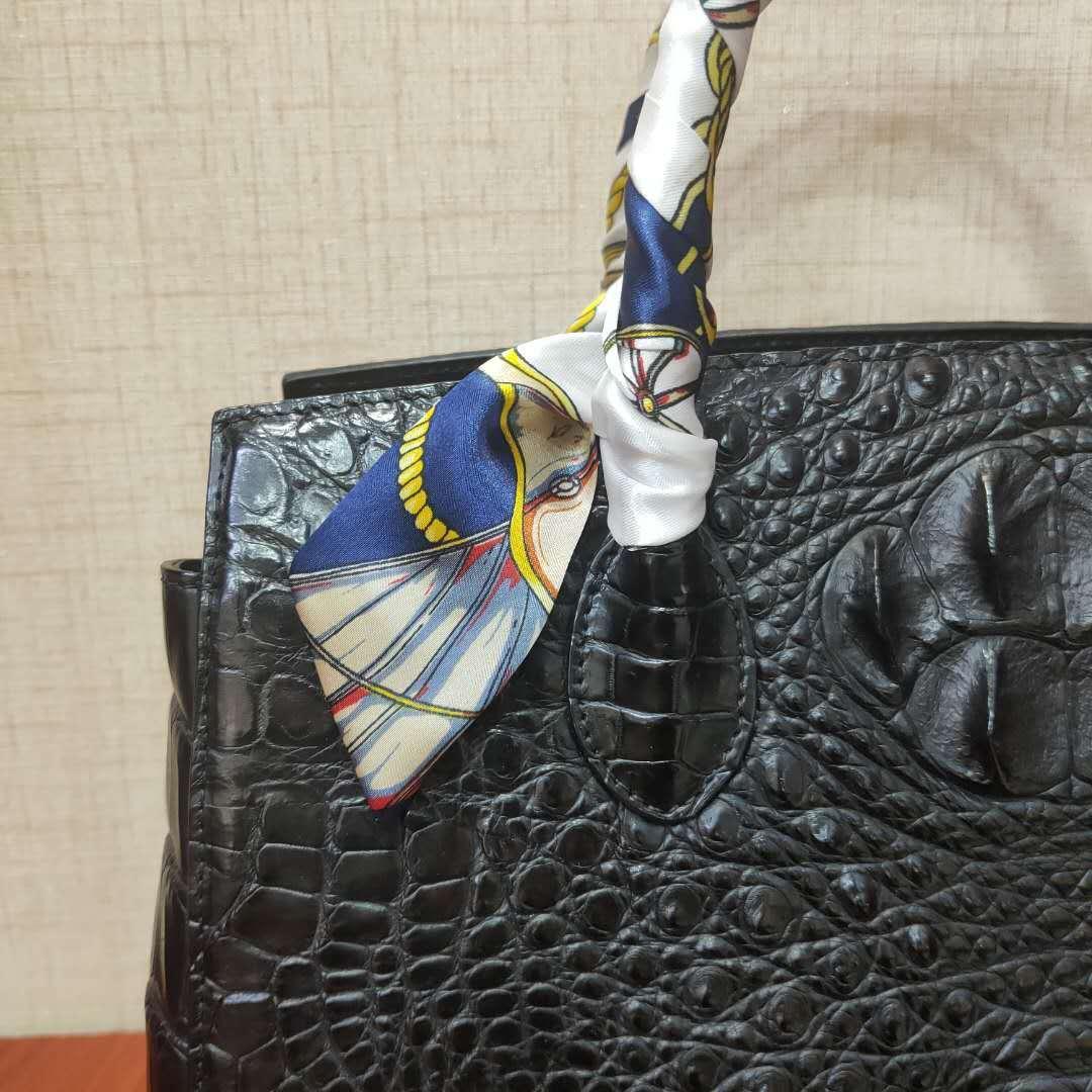 【激安】天然ワニ革 クロコダイルレザー ハンドバッグ 手提げ トートバッグ 書類かばん レディース 本革 鞄 ファッション 大容量 綺麗_画像8