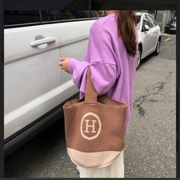 【韓国ファッション】ワンショルダーバック★トートバック★ニット★Hロゴ★カーキー