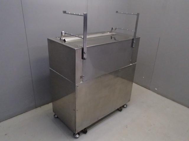 05-15579 中古品 製麺機(切出し機) 業務用 製麺 100V 電気式 ステンレス 麺 生地 切る 自家製 手作り うどん そば 手打ち カッティング _画像5