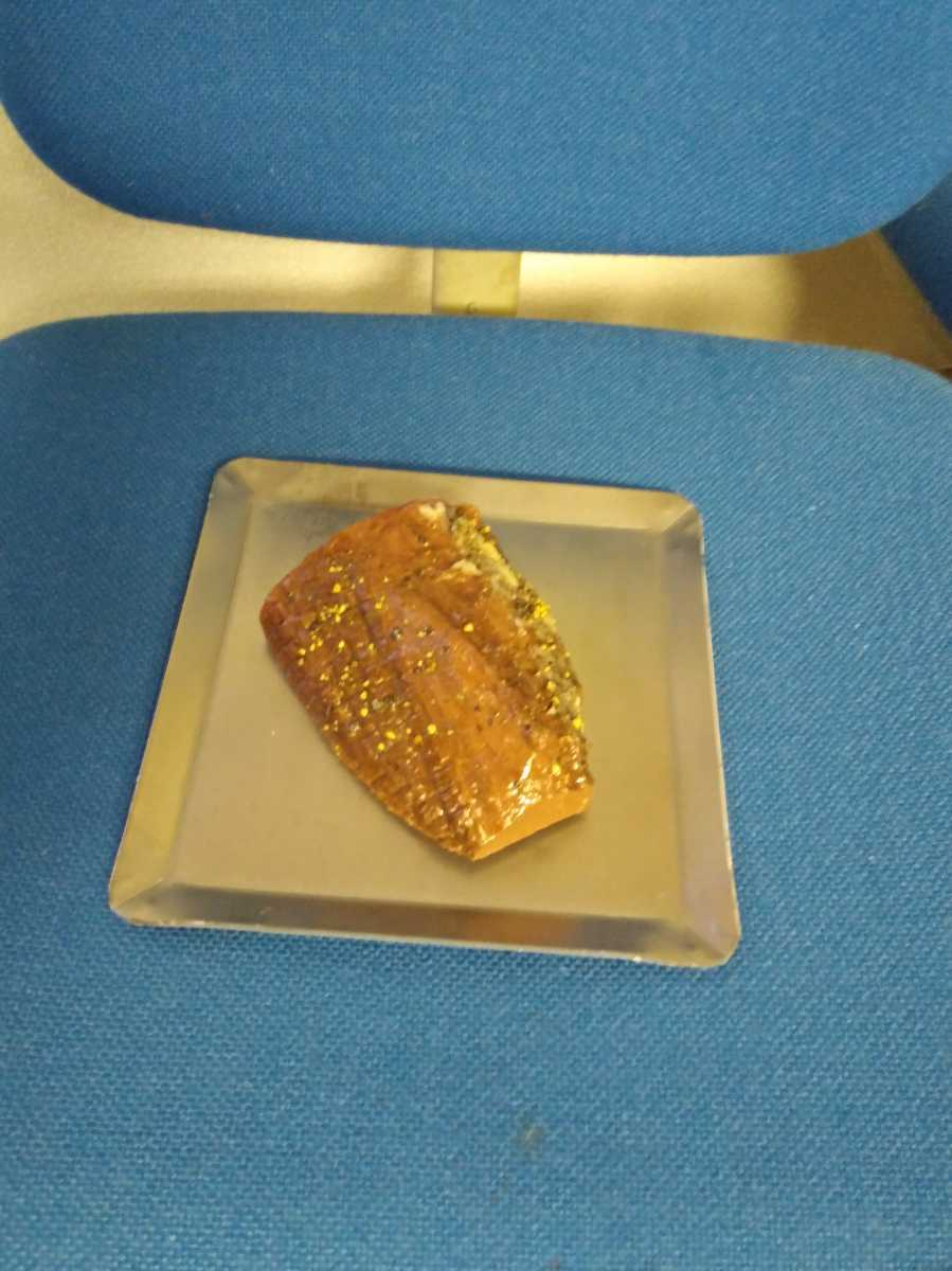 ソロキャンプに最適です! 2.3ミリ鉄板 送料無料 ステーキ 焼肉 カルビ バーベキュー 20×20 バイクツーリング 餃子 直火 アウトドア