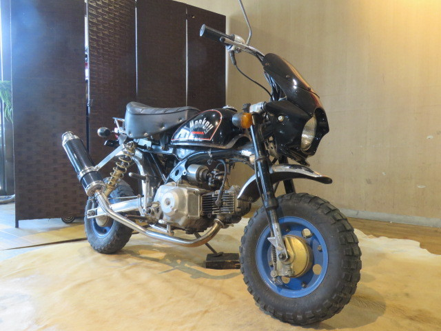 「□HONDA MONKEY Z50J ホンダ モンキー 50cc 7400km ブラック 実動! アルミロンスイ バイク 札幌発」の画像3