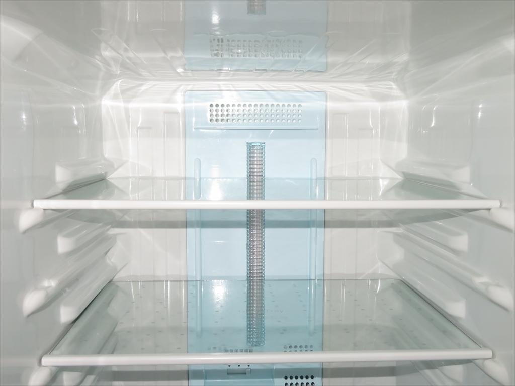 【本州地域→送料無料】Panasonic パナソニック ノンフロン冷凍冷蔵庫 NR-B143W-S 幅480×奥行584×高さ1119mm 138L 2011年製 管理NO.SK47_画像8