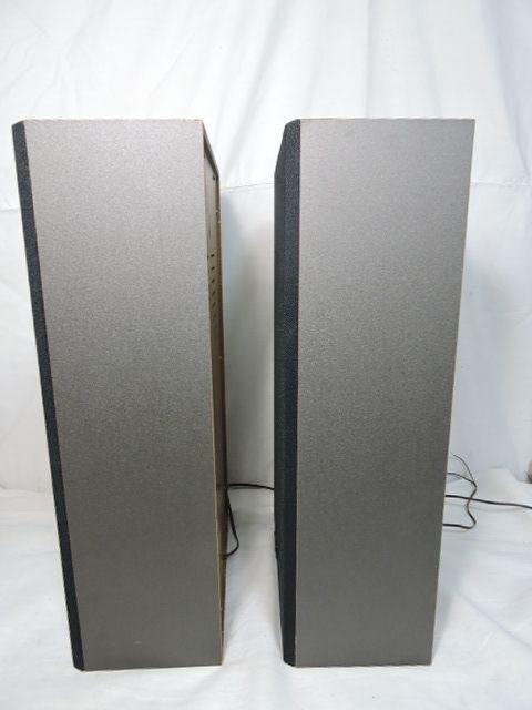 東芝 TOSHIBA TSS-202W スピーカーシステム 軽量なペアスピーカー 壁掛け可能 台湾製 中古 動作品 _画像3