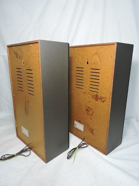 東芝 TOSHIBA TSS-202W スピーカーシステム 軽量なペアスピーカー 壁掛け可能 台湾製 中古 動作品 _画像6
