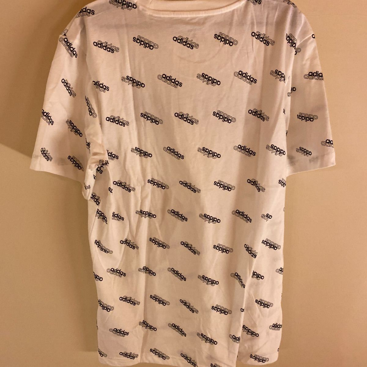 半袖Tシャツ ロゴ・モノグラムの半袖Tシャツ