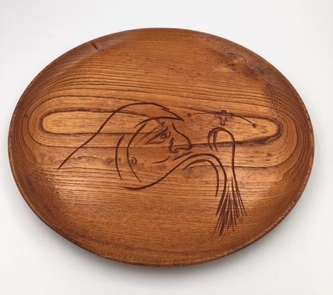 即決☆送料無料 達磨大師柄の木のお盆 だるま柄丸盆 ダルマ 白木皿形盆 和食器 木の皿 天然木 古道具