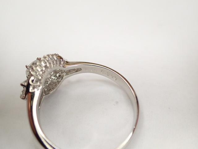 美品 Pt900 ダイヤ0.239ct(F-VS2‐FAIR) 他ダイヤ計0.38ct リング 指輪_画像7