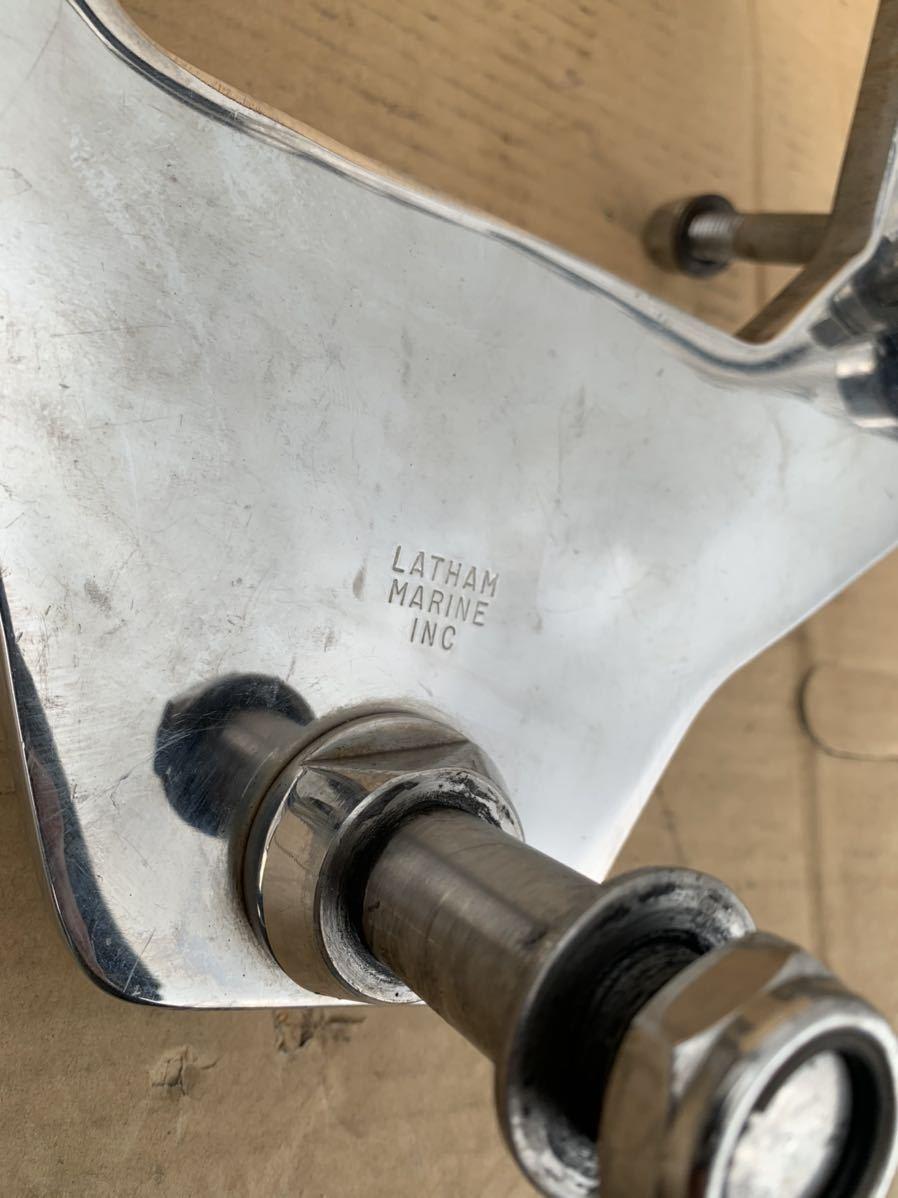 LATHAM MARINE INC 船外機ブラケット 補助エンジン エンジン補機 船外機マウント?不明 パーツ ステンレス製 中古品 ジャンク 現状渡し_画像5