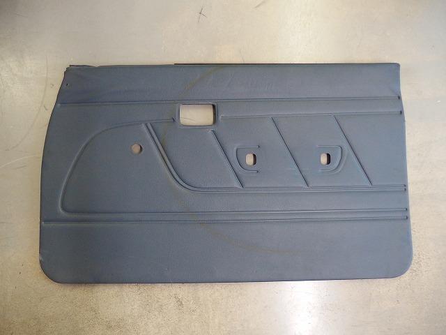 89-95 US トヨタ ピックアップ純正 ドアインナートリム 右側 三角窓有りモデル RN・VZNの90系_画像1