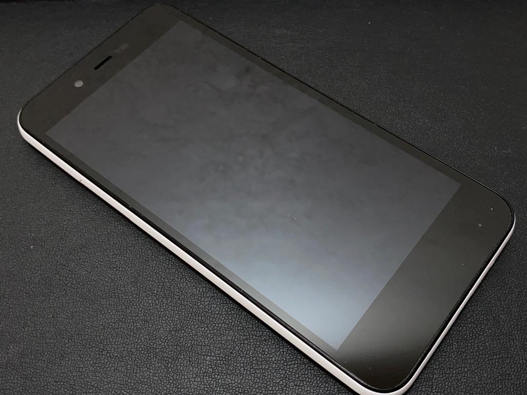 ※8817 702SH SHARP AQUOS sense basic Softbank スマホ Android_画像4