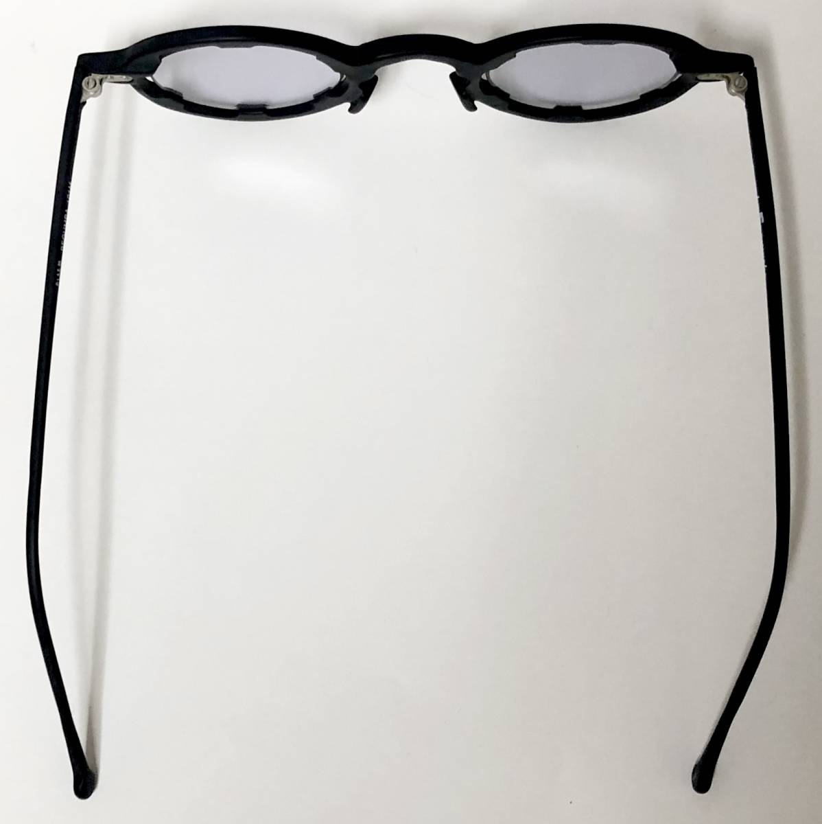 【ビンテージ・未使用】1990年代 l.a. Eyeworks イタリア製レグンバ 黒 高級メガネ エルエーアイワークス /ヴィンテージ 米国ブランド_画像8