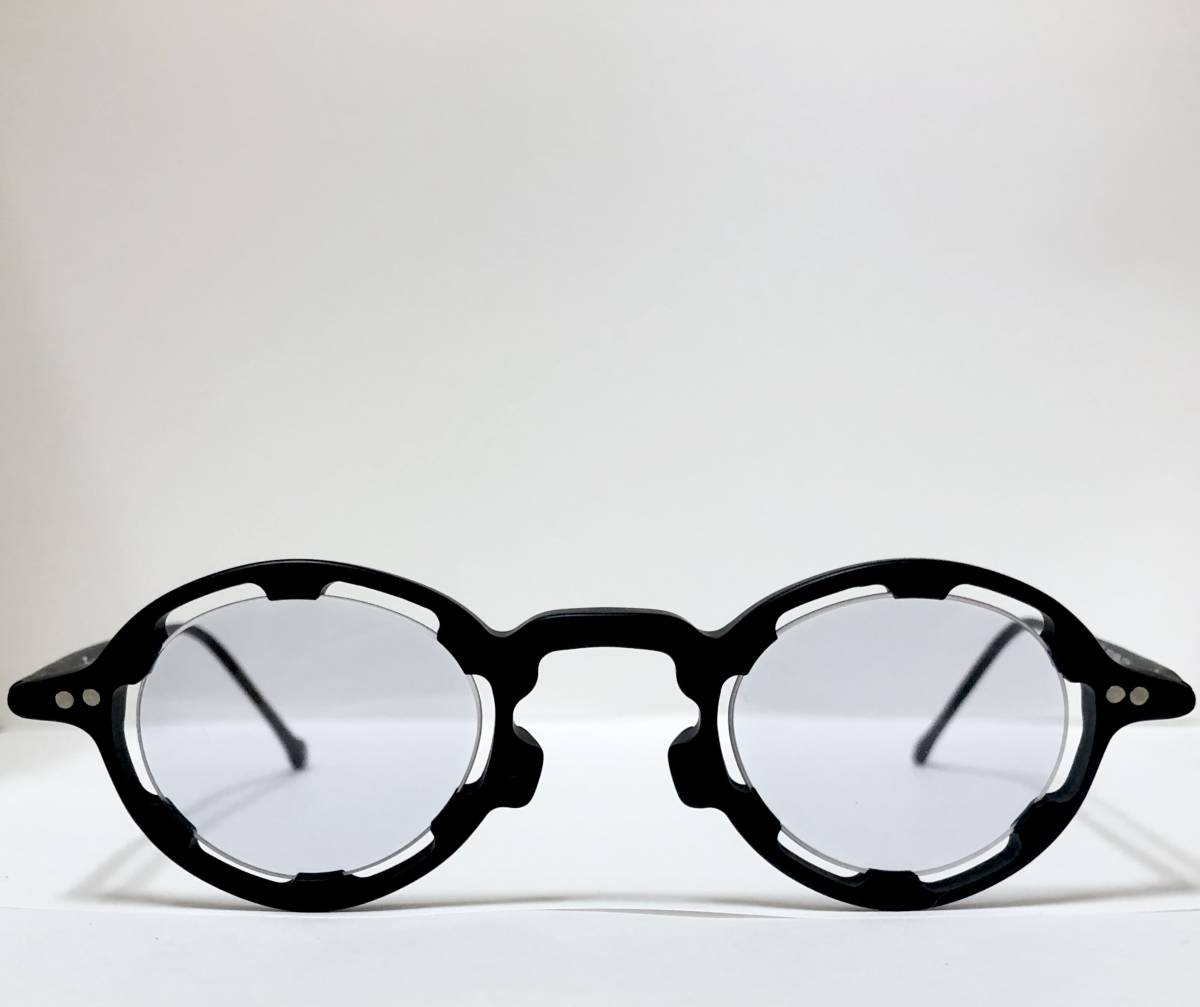 【ビンテージ・未使用】1990年代 l.a. Eyeworks イタリア製レグンバ 黒 高級メガネ エルエーアイワークス /ヴィンテージ 米国ブランド_画像1