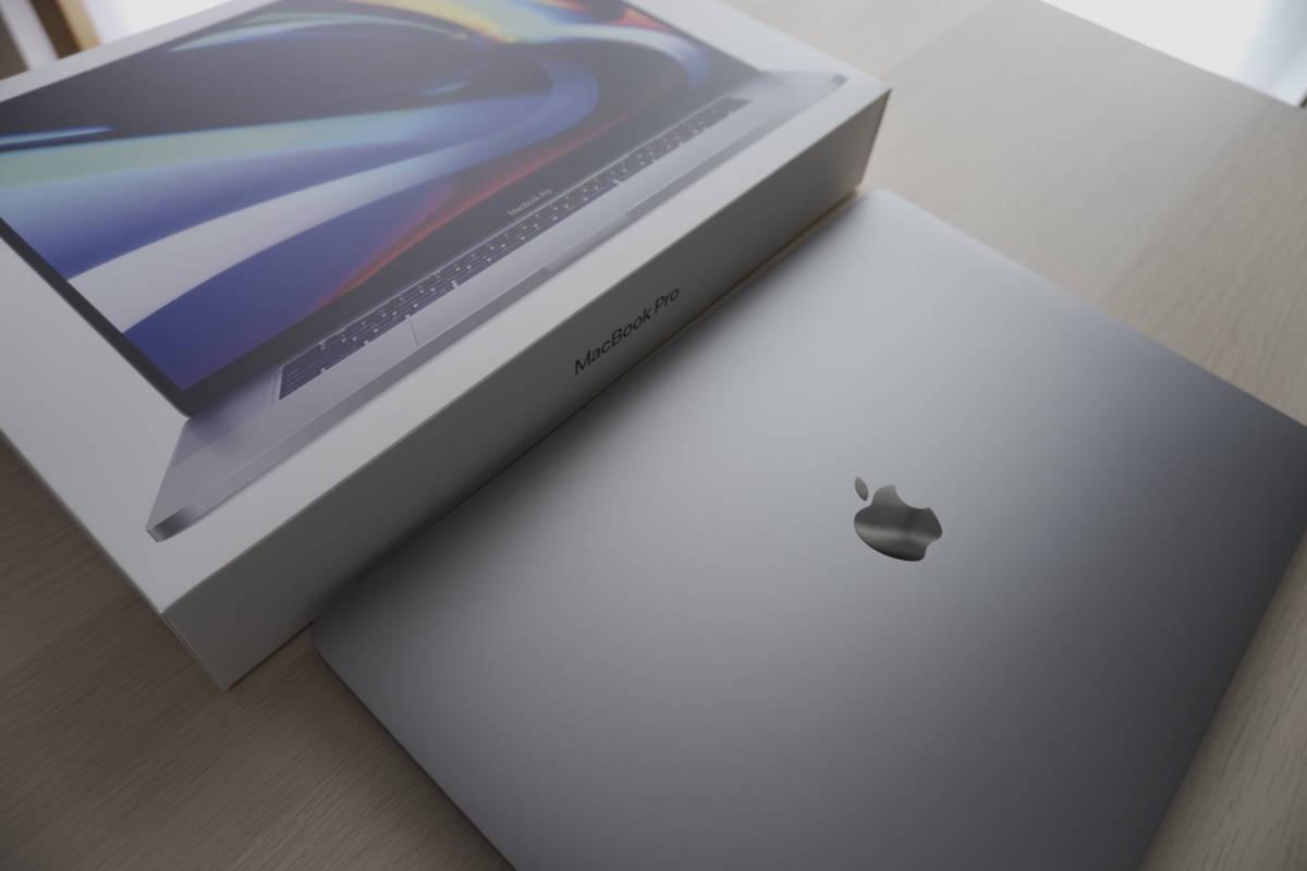 【極美品】Apple Macbook pro 16インチ 2020モデル アップルオンラインストア最上位モデル 8コア 64GB 2TB AMD 5600M US配列 放電15回