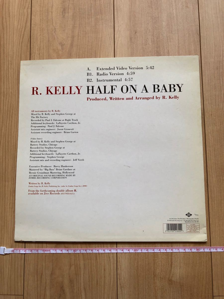 R.KELLY HALF ON A BABY レコード