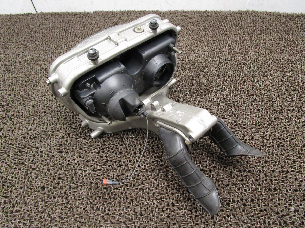 ドカティST4S ヘッドライト ステー エアダクト □VM92! 修復素材に ドゥカティ 【 ZDM996W4B 】 DUCATI_画像2