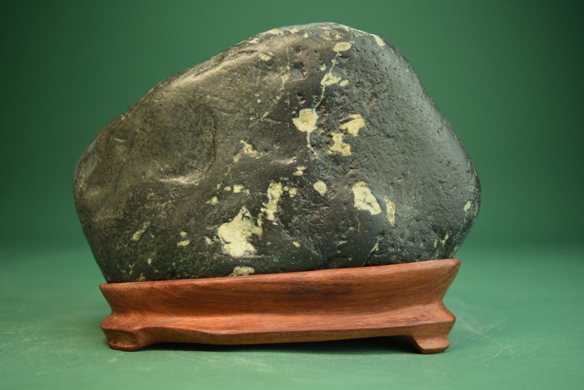 利根川石 (盆景 水石 鑑賞石 飾り石)ID5071_画像3