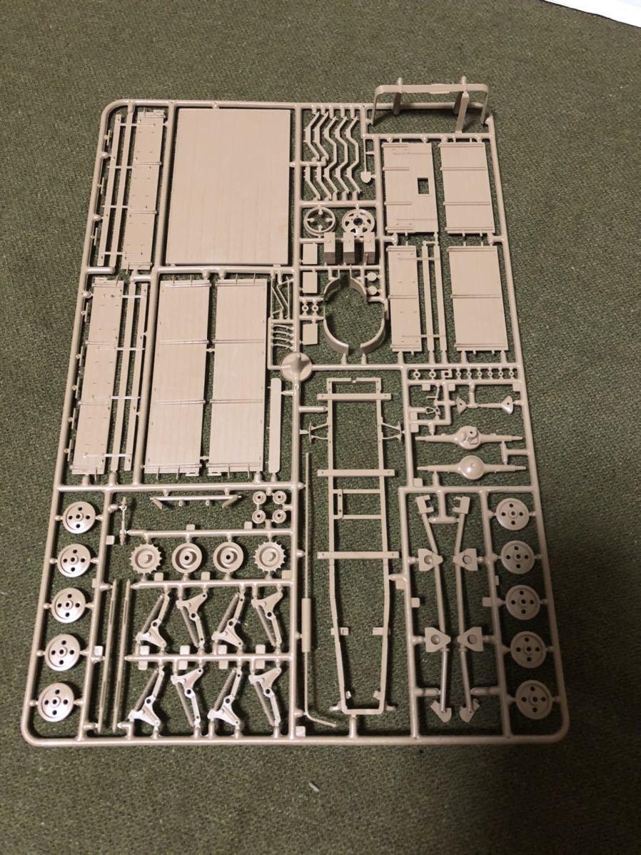 【1/35】レベル(イタレリ?) オペルマウルティア 【モデルカステン】連結可動履帯をセットで 未使用品 定形外発送 プラモデル ドイツ軍_画像5