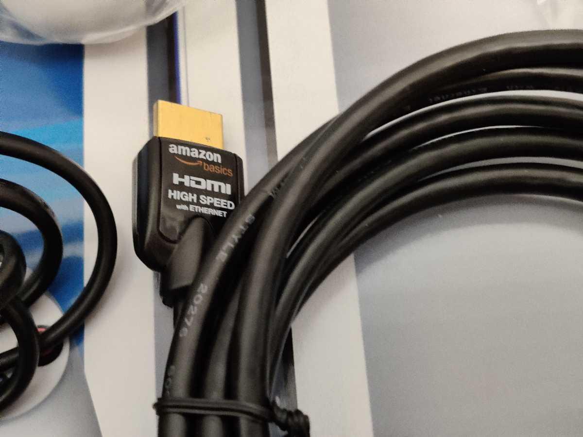 PlayStation4 Pro 1TB グレイシャーホワイト CUH-7200BB02【美品】2TB SSHD付_画像4