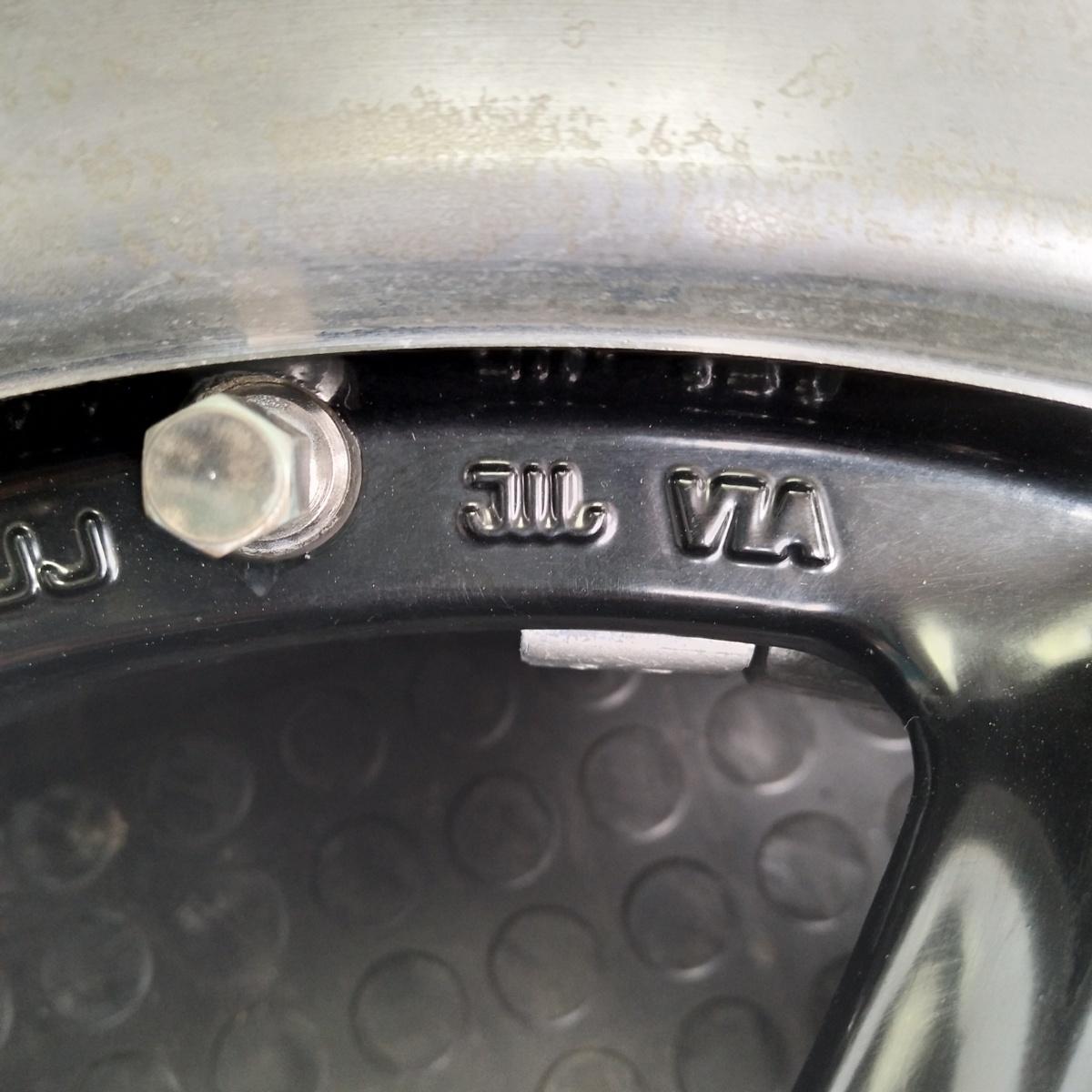管理番号:V9-15【1個=4本】DRAG 15×6.5J 5穴PCD100 ET+45 デミオ・ノート等に・店頭タイヤ交換・ホイール鏡面研磨/引取可能!_画像3