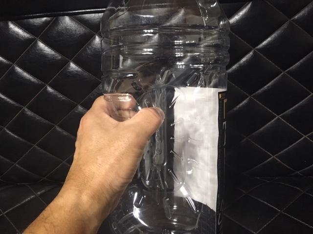 ウイスキー 4L 空ペットボトル 4本セット 持ち手付き 水の保存 災害対策 DIY 工作 クラフト 防災 穀物の保存 果実酒 果実酢 サントリー_画像4