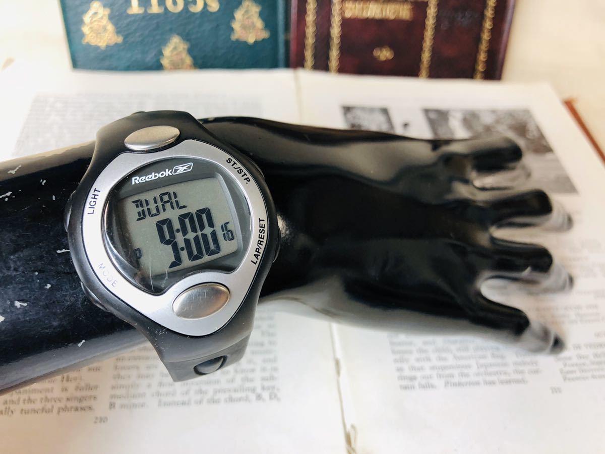 Reebok リーボック 腕時計 マットサテンシルバーカラー ブラック 心拍計 クロノ タイマー デジタル 稼動品 W730_画像7