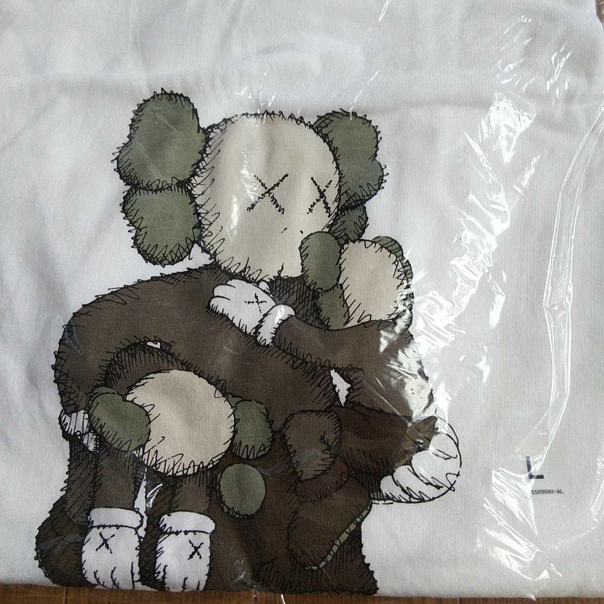 ユニクロ カウズ コラボUT KAWS サイズL 希少 新品 Tシャツ コラボTシャツ 認証制限なし クーポン利用_画像2