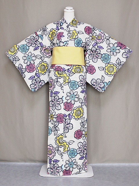 キスミスの浴衣 ブランドゆかた レディース 仕立上り浴衣 変わり織り 綿紅梅生地 白地の花柄のゆかた 送料無料 D0654-37_画像1