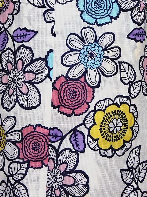 キスミスの浴衣 ブランドゆかた レディース 仕立上り浴衣 変わり織り 綿紅梅生地 白地の花柄のゆかた 送料無料 D0654-37_画像3