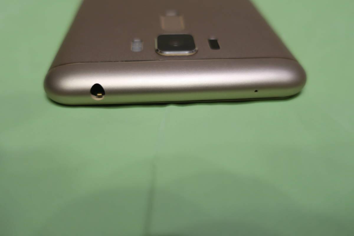 【極美品】SIMフリー ASUS ZenFone 3 Laser (国内技適) ゴールド、ZC551KL 5.5インチ画面; 4GB, 32GB、DSDS対応 ★手帳型カバーおまけ付★_画像4