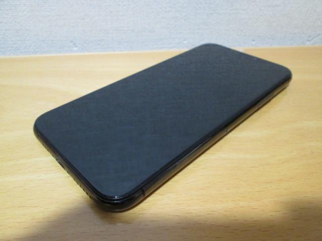 ☆softbank iphoneXs 256GB MTE02J/A 起動確認済・ジャンク☆_画像4