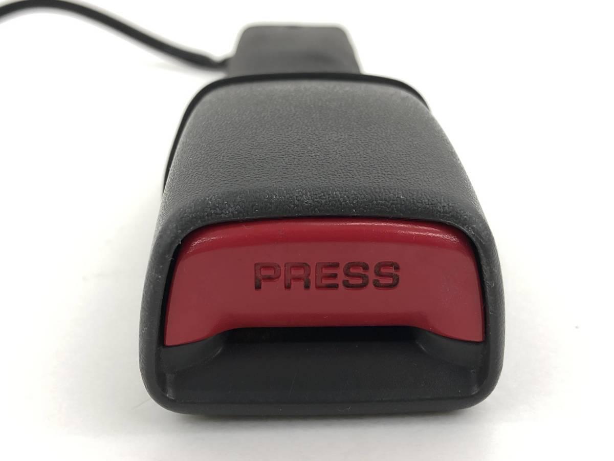 _b39732 ダイハツ ムーヴ ムーブ カスタムXリミテッド DBA-L175S シートベルト キャッチ 右 運転席側 F/RH FM11 L185S_画像2
