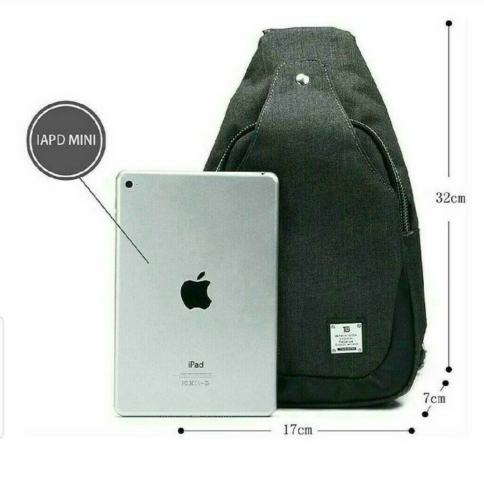 ボディバッグ ワンショルダーバッグ 斜め掛け 軽量 iPad mini 収納可