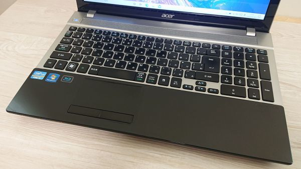 爆速新品SSD480GB/メモリ8GB☆最新Windows10☆Acer V3-571-H58D/LK☆高性能 Core i5-3210M☆Webcam/Blu-ray/Bluetooth/USB3.0☆_画像2