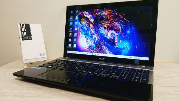 爆速新品SSD480GB/メモリ8GB☆最新Windows10☆Acer V3-571-H58D/LK☆高性能 Core i5-3210M☆Webcam/Blu-ray/Bluetooth/USB3.0☆_画像1