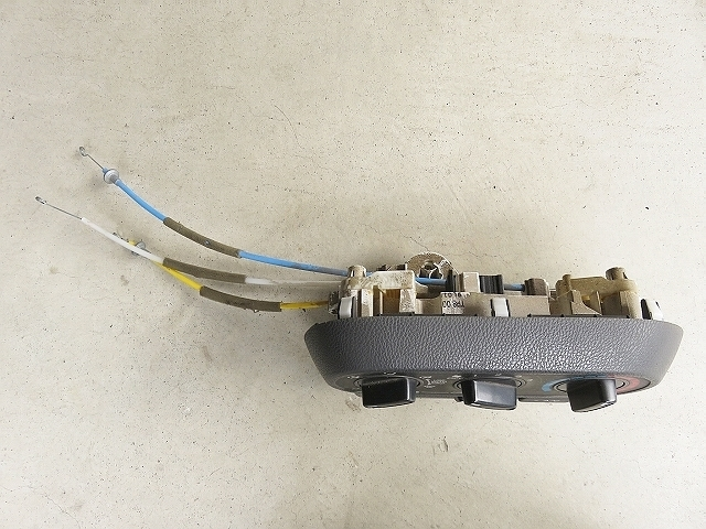アクティトラック EBD-HA8 H21年 前期 エアコン操作パネル_画像2