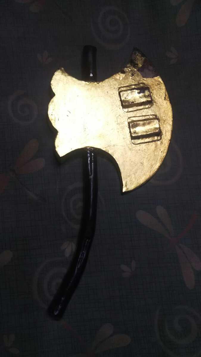 金箔押「鉞」◇マサカリ◇黒柄◆鉄製前立◆_画像2