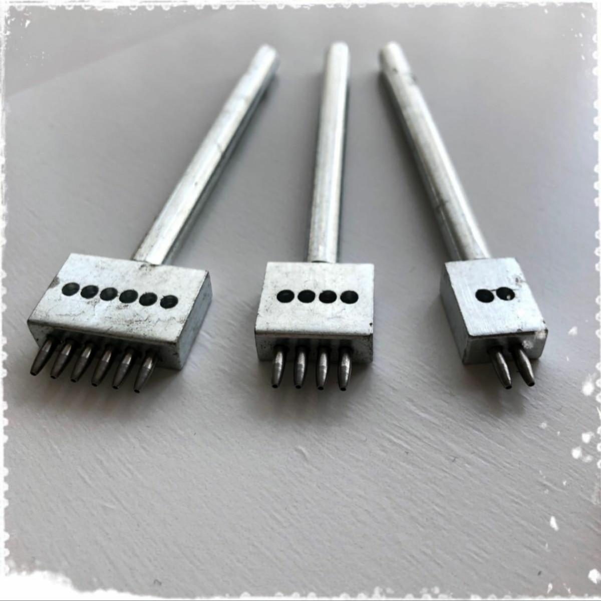レザークラフト工具 丸穴 4mmピッチ 目打ち  3本セット