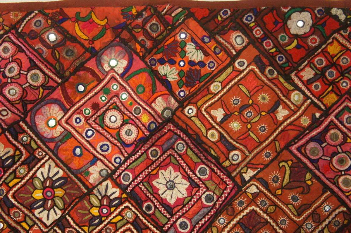 木綿インド刺繍パッチ、ミラーワーククロス[E12564]_木綿インド刺繍パッチ、ミラーワーククロス