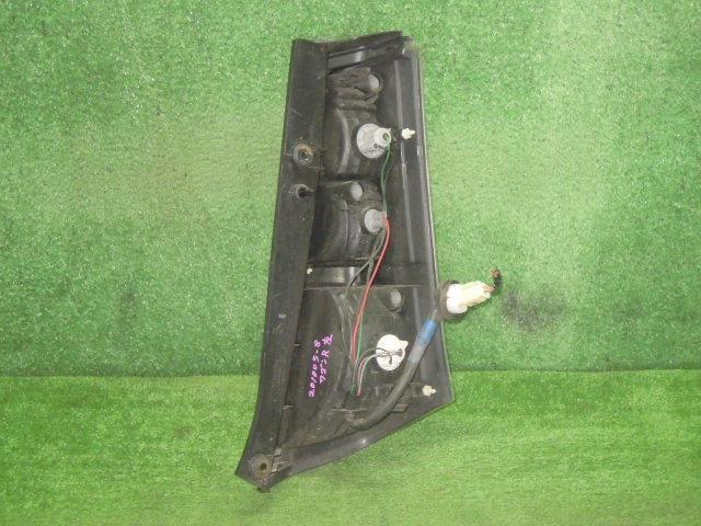 ワゴンRスティングレー CBA-MH23S 左テールランプ 左テールライト_画像2
