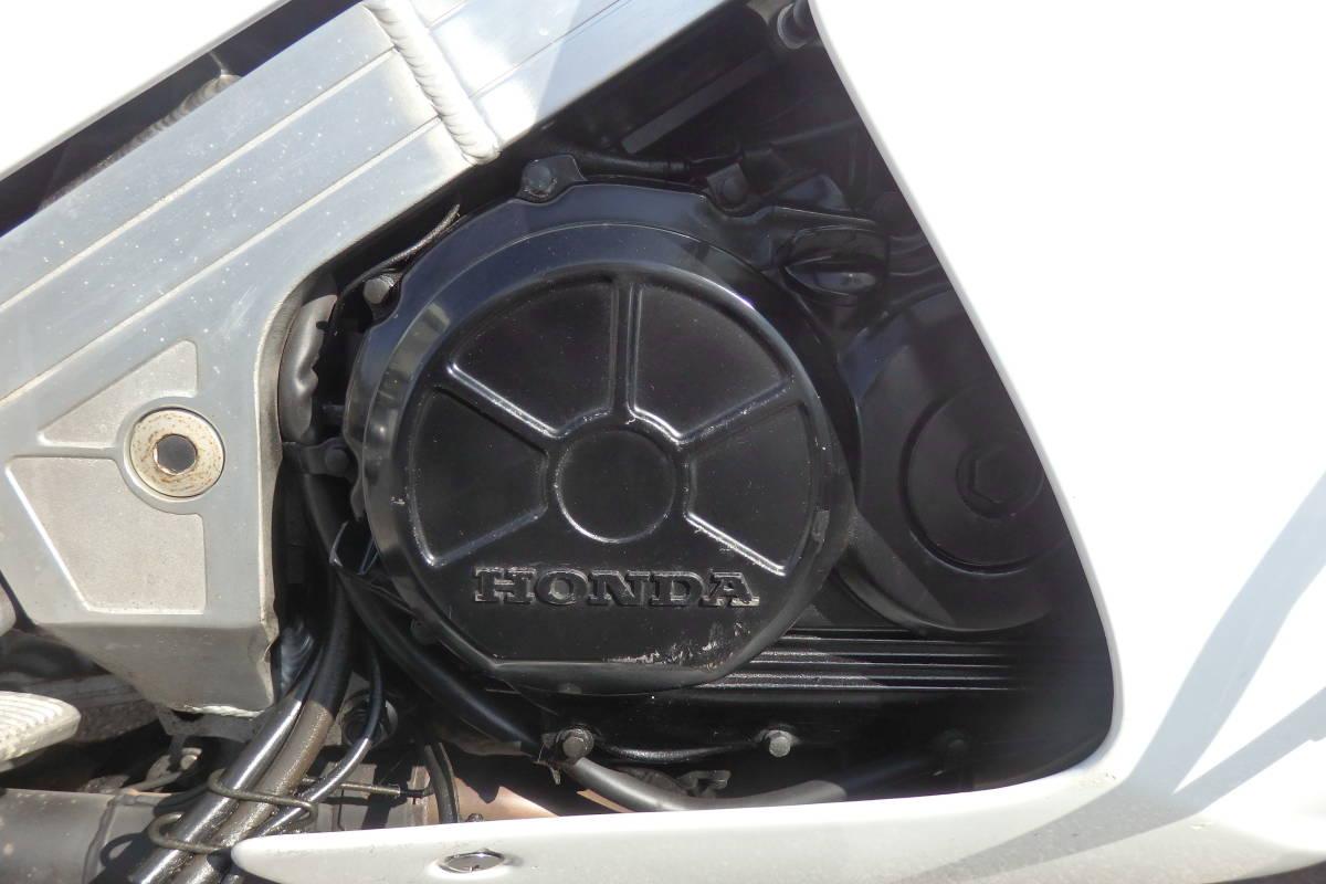 憧れの白バイ仕様!◆超貴重な旧車◆大型エンジンガード&パニアケース&トップケース装備◆車検3年9月◆VFR750F◆CB750★RC42RC37VF750VTR_画像9