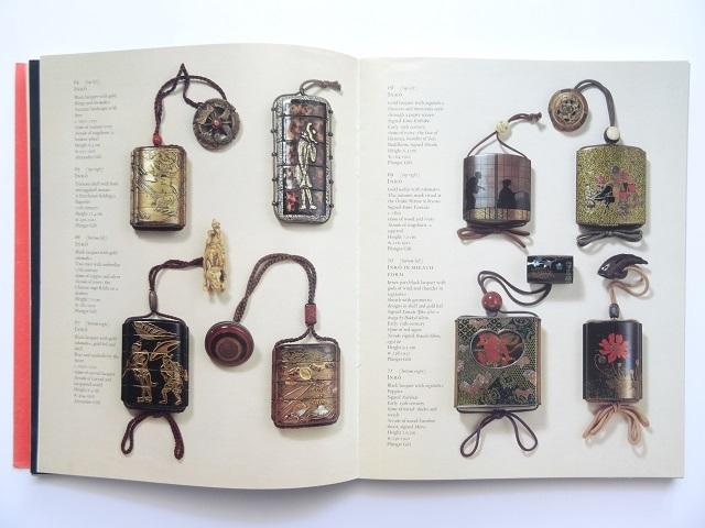 洋書◆日本の芸術とデザイン写真集 本 陶磁器 工芸品 蒔絵 掛け軸 甲冑 印籠 刀 着物 根付_画像8