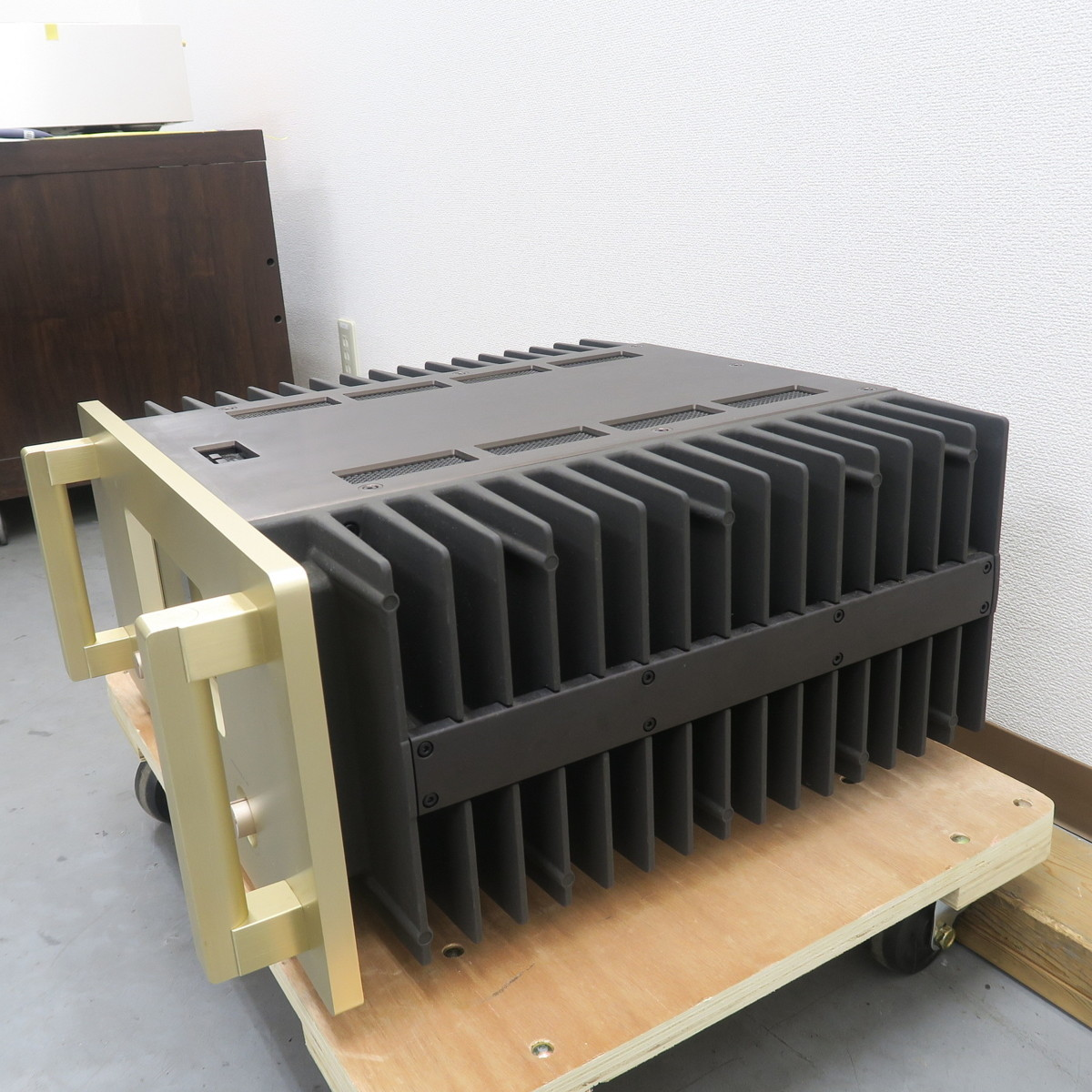 【Bランク】アキュフェーズ Accuphase A-50 パワーアンプ @49991_画像3