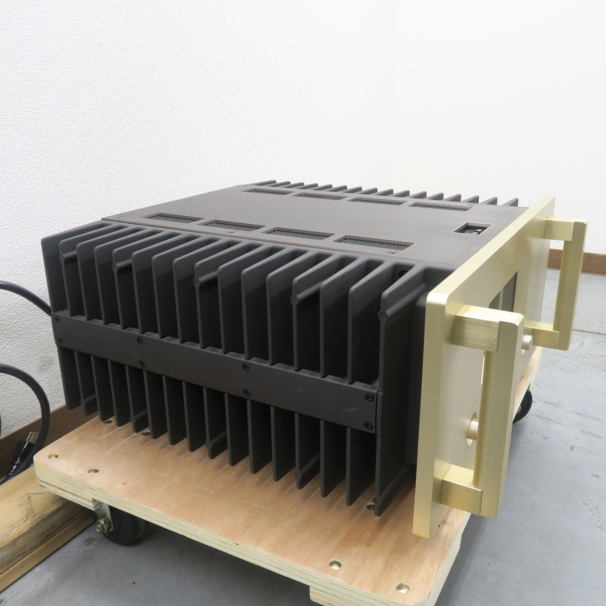 【Bランク】アキュフェーズ Accuphase A-50 パワーアンプ @49991_画像2